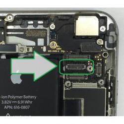 Réparation connecteur d'affichage lcd Iphone 5s