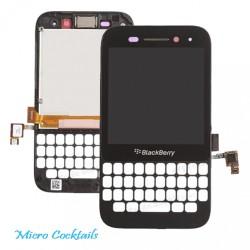 BlackBerry Q5 Ecran LCD Vitre Tactile avec Chassis noir